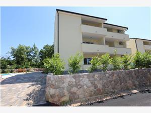 Apartmani Saramandic Šilo - otok Krk, Kvadratura 56,00 m2, Smještaj s bazenom, Zračna udaljenost od centra mjesta 500 m