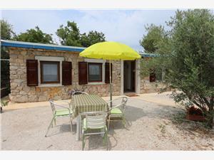 Dům Car Mirko Silo - ostrov Krk, Prostor 32,00 m2, Vzdušní vzdálenost od centra místa 600 m