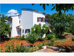 Hus Lidija Sukosan (Zadar), Storlek 180,00 m2, Luftavståndet till centrum 400 m