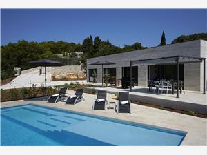 Villa Pietra Selca, Méret 150,00 m2, Szállás medencével, Központtól való távolság 300 m