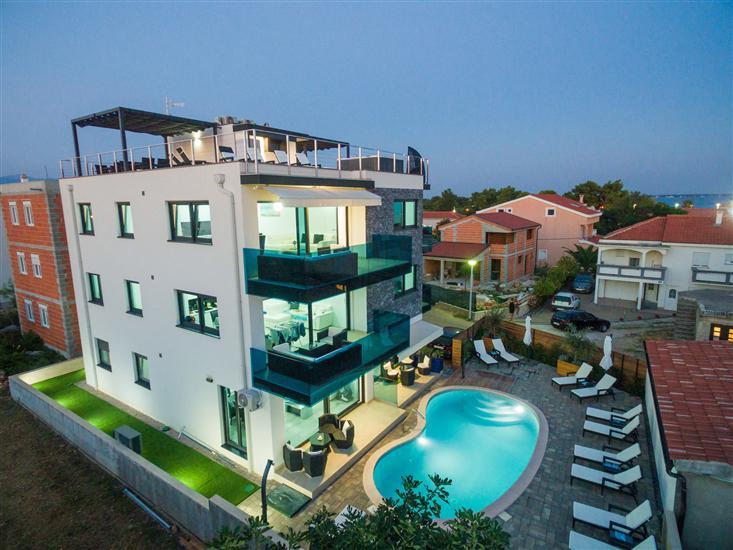 Apartments Maloca