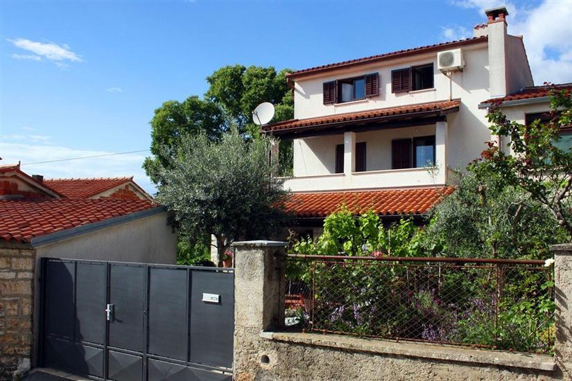 House Casa Divna