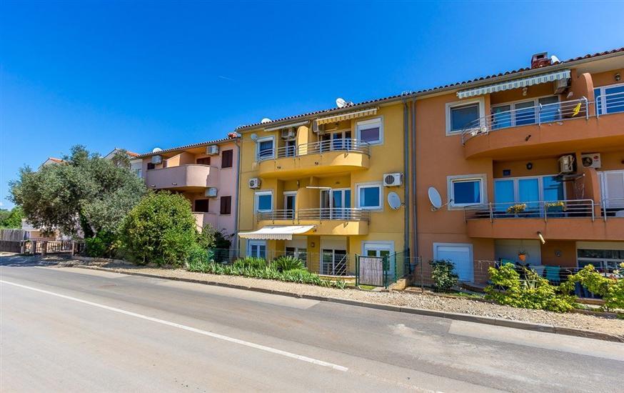 Apartments Pošesi