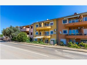 Appartementen Pošesi Medulin, Kwadratuur 48,00 m2, Lucht afstand tot de zee 250 m, Lucht afstand naar het centrum 890 m