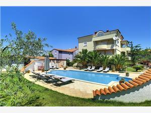 Apartmány Villa Delia Medulin, Prostor 125,00 m2, Soukromé ubytování s bazénem, Vzdušní vzdálenost od centra místa 490 m
