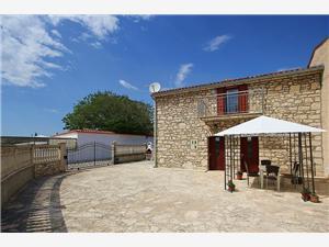 Apartmány Casa Nico Premantura, Prostor 100,00 m2, Vzdušní vzdálenost od centra místa 350 m