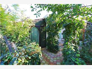Počitniške hiše Perich Premantura,Rezerviraj Počitniške hiše Perich Od 57 €