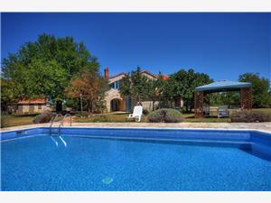 Casa Foli Svetvincenat, квадратура 230,00 m2, размещение с бассейном