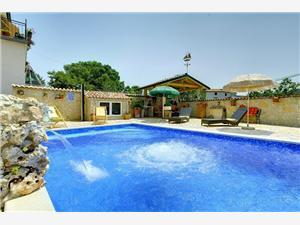 Villa Šandor - adults only Medulin, Kvadratura 80,00 m2, Smještaj s bazenom, Zračna udaljenost od centra mjesta 500 m