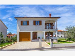 FAZ 524 Modrá Istria, Rozloha 22,00 m2, Vzdušná vzdialenosť od centra miesta 400 m
