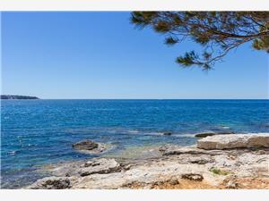 Beachfront accommodation Blue Istria,Book Valkane From 47 €