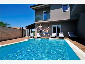 Holiday homes Rovigno Rovinj,Book Holiday homes Rovigno From 320 €