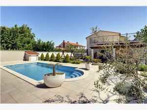 Villa Iva Medulin, квадратура 300,00 m2, размещение с бассейном