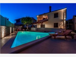 Vakantie huizen Pula Brijuni,Reserveren Vakantie huizen Pula Vanaf 248 €