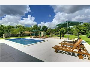 Hébergement avec piscine Lucy Barban,Réservez Hébergement avec piscine Lucy De 326 €