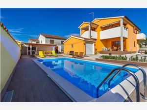 Alloggi con piscina Ninetta Dignano (Vodnjan),Prenoti Alloggi con piscina Ninetta Da 159 €