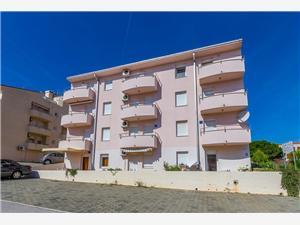 Apartmán Casa Gaspar Premantura, Prostor 49,00 m2, Vzdušní vzdálenost od centra místa 300 m
