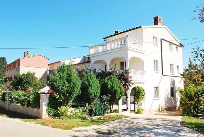 Casa Muntić