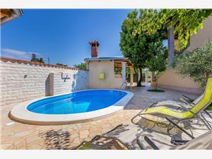 Villa Cera Vodnjan, квадратура 200,00 m2, размещение с бассейном, Воздух расстояние до центра города 300 m