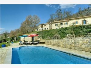 Villa Panorama Pazin, Kwadratuur 303,00 m2, Accommodatie met zwembad