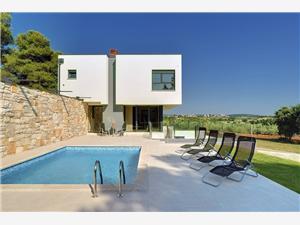 Villa Martina Stinjan (Pula), Kvadratura 250,00 m2, Namestitev z bazenom, Oddaljenost od centra 700 m