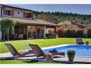 Hébergement avec piscine Flowers Liznjan,Réservez Hébergement avec piscine Flowers De 367 €