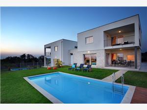 Villa Sky Dream Novigrad, Méret 190,00 m2, Szállás medencével
