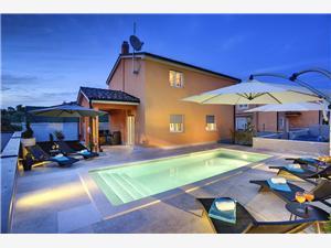 Accommodation with pool Jadreški Liznjan,Book Accommodation with pool Jadreški From 163 €