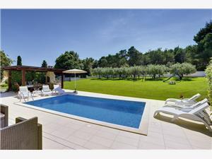 Villa Lorin Stinjan (Pula), Kvadratura 180,00 m2, Namestitev z bazenom, Oddaljenost od centra 500 m