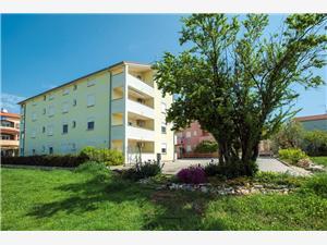 Apartments Juri Liznjan,Book Apartments Juri From 73 €