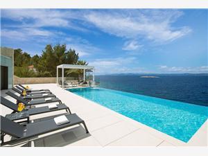 Hébergement avec piscine Les îles en Dalmatie du sud,Réservez Palma De 1400 €