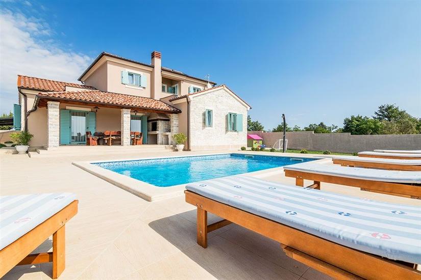 Villa Rose