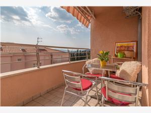 Appartementen Pino Trogir,Reserveren Appartementen Pino Vanaf 101 €