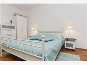 Apartmá Sandra Riviéra Šibenik, Prostor 75,00 m2, Vzdušní vzdálenost od centra místa 700 m
