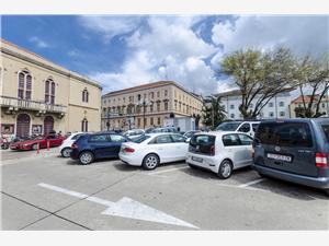 Apartmaj Nikica Sibenik, Kvadratura 57,00 m2, Oddaljenost od centra 20 m