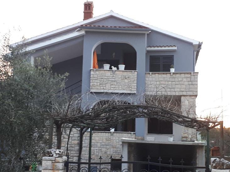 Casa Grabro