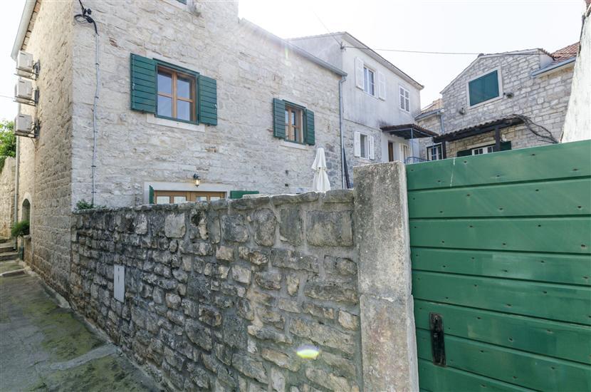 Апартаменты и Kомната Lucijo