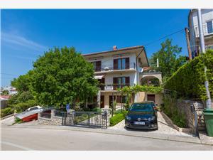 Apartments Dora Selce (Crikvenica),Book Apartments Dora From 71 €
