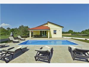 Soukromé ubytování s bazénem Fiorina Krnica (Pula),Rezervuj Soukromé ubytování s bazénem Fiorina Od 3862 kč