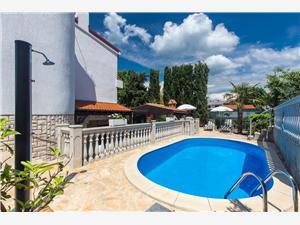 Namestitev z bazenom Željka Malinska - otok Krk,Rezerviraj Namestitev z bazenom Željka Od 51 €