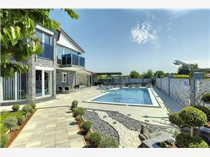Villa Danijela Fazana, Rozloha 128,00 m2, Ubytovanie sbazénom, Vzdušná vzdialenosť od centra miesta 800 m