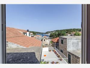Zimmer Roza Die Inseln von Mitteldalmatien, Größe 12,00 m2, Entfernung vom Ortszentrum (Luftlinie) 200 m