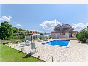 Hébergement avec piscine Split et la riviera de Trogir,Réservez Ana De 195 €