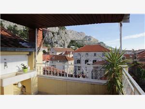Appartement Ivanka Omis, Maison de pierres, Superficie 50,00 m2, Distance (vol d'oiseau) jusqu'au centre ville 20 m