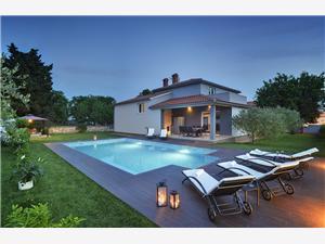Alloggi con piscina Entini Medulino (Medulin),Prenoti Alloggi con piscina Entini Da 310 €