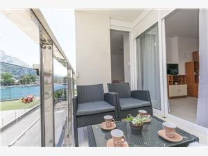 Apartman Ivanka Omiš, Kvadratura 58,00 m2, Zračna udaljenost od centra mjesta 550 m