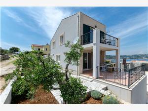 Kuća za odmor Anela Sevid, Kvadratura 93,00 m2, Zračna udaljenost od mora 100 m, Zračna udaljenost od centra mjesta 50 m