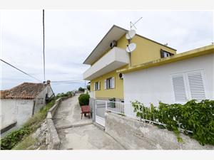 Beachfront accommodation Split and Trogir riviera,Book Vjera From 77 €