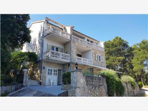 Apartamenty Jelka Vrboska - wyspa Hvar, Powierzchnia 80,00 m2, Odległość od centrum miasta, przez powietrze jest mierzona 600 m