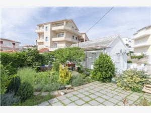 Ház Goga Primosten, Méret 40,00 m2, Légvonalbeli távolság 200 m, Központtól való távolság 255 m